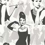 Tapety na stenu Young Spirit - Audrey Hepburn v čiernej