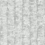 Luxusné vliesové tapety na stenu G.M.Kretschmer Deluxe pruhy strieborné na krémovom podklade