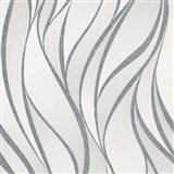 Vliesové tapety na stenu IMPOL Hailey vlnovky strieborno-krémové