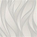Vliesové tapety na stenu IMPOL Hailey vlnovky strieborno-hnedé