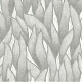 Vliesové tapety na stenu IMPOL Spotlight 3 popínavé listy sivo-strieborné na sivom podklade