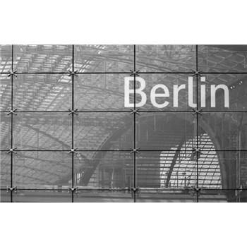 Luxusné vliesové fototapety Berlín - čiernobiele, rozmer 418,5 x 270cm