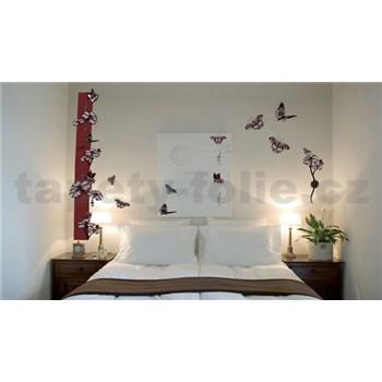 Samolepky na stenu motýle s kvetmi