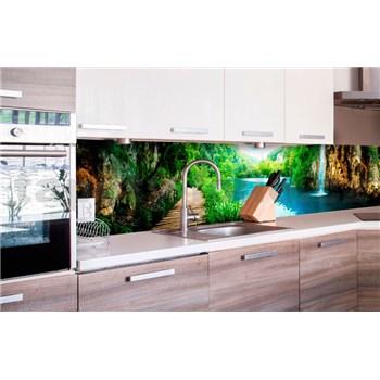 Samolepiace tapety za kuchynskú linku vodopády v lese rozmer 260 cm x 60 cm