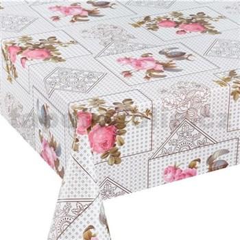 Obrus metráž kvety ružových ruží s lístkami s textilnou štruktúrou