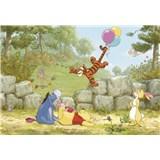 Fototapety Disney Medvedík Pú s balónikmi rozmer 368 cm x 254 cm
