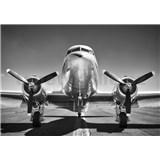 Vliesové fototapety čiernobiele lietadlo rozmer 368 cm x 254 cm